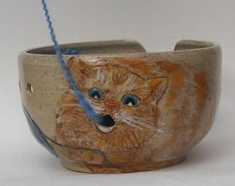 Cat Yarn bowl, Stoneware Ceramic yarn bowl, with engraved playful cat No.3
