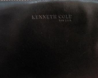 Vintage KENNETH COLE black leather purse