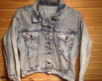 Stonewashed 80s Denim Jacket // Vintage