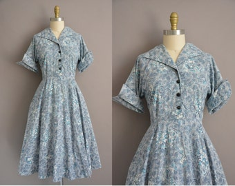 50s Fairytale novelty print cotton print vintage dress / vintage 1950s dress
