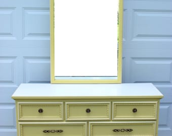 Vintage French Provincial Bedroom Dresser Mirror Furniture Set Yellow Cream