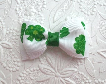 St. Patrick's Day Hair Bow ~  Shamrock Hair Bow ~ Toddler Hair Bow Clip ~ Dainty Hair Bows