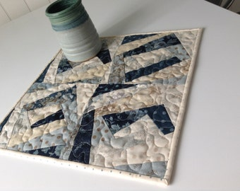 "QUILTED TABLEMAT, BLUES And Creams, Candle Mat, 16"" Square, Wonky Log Cabins, Traditional Colors, Kitchen Linens, Foundation Pieced"