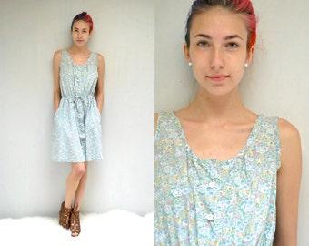 70s Sun Dress  // Cotton Floral Dress  // THE SUNDAY