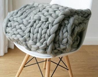 Chunky Knit Blanket. Luxury Bed Runner