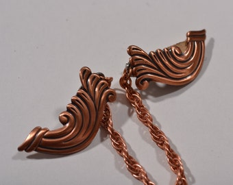 Vintage 1950s Copper Sweater Clip - Scroll Sweater Guard - NWT Fashions
