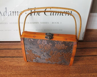 50s Vintage Wooden Carved Purse with Metal clasp closure Wooden satchel bag