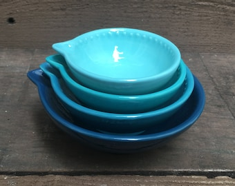 Shades of Teal Nesting Ceramic Measuring Cups - Ombre - 1 Cup, 1/2 Cup, 1/3 Cup, 1/4 Cup - Turquoise / Aquamarine
