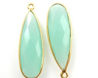 Bezel Gemstone Peru Chalcedony-Elongated Teardrop Charm-Gold Vermeil Frame - Long Bezel Gemstone Pendant-34mm- Sku: 201105-PER (1 pc)