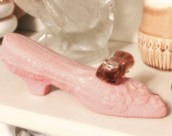 Vintage Avon pink soap shoe with perfume bow