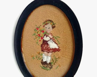 Vintage Needlepoint Picture, Oval Needlepoint, Vintage Wall Art, Girl With Flowers, Vintage Needlepoint Art, Vintage Oval Frame