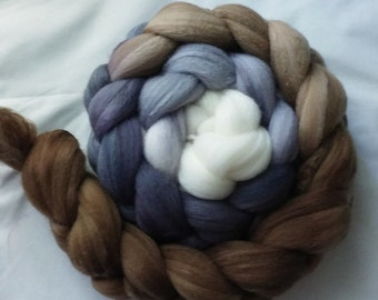 "Hand Dyed BFL/Silk Top 4 Oz.""Pebbles Gradient"""""