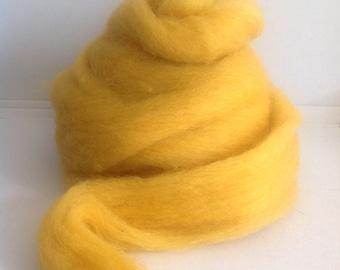 SUNSHINE SCOTTISH Romney WOOL Roving - Great for needle & wet felting