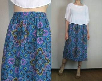 80s CROSS + MEDALLION Print Vintage Cotton Blue Periwinkle Gold Gold Pleated Midi Skirt Small Medium 1980s