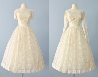 Vintage 1950s Wedding Dress...Beautiful Lace Tea Length with Jacket Small