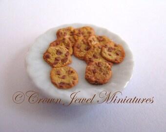 1:12 Homemade Chocolate Chunk Baked Cookies by IGMA Artisan Robin Brady-Boxwell - Crown Jewel Miniatures