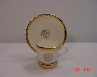 Vintage Manitou Springs Colorado Gateway Garden Of The Gods Cup & Saucer Set With Holder   16 - 88