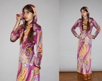 RARE 1960s Vintage Hooded Pasiley Ethnic Purple Psychedelic Mod Maxi Dress with Slits  - Vintage 60s Maxi Dress   - WB0420