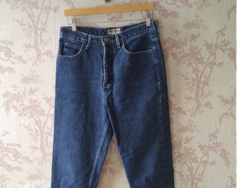 90s Guess mid blue wash tapered leg jeans sz 31
