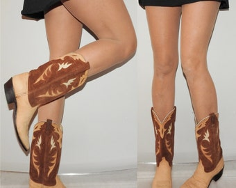 vintage size 9 cowgirl cowboy boots leather and suede cut outs 70s 80s