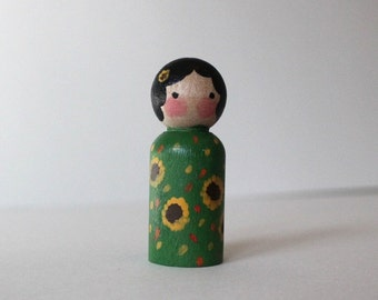 Peg Doll - Mini Kokeshi Doll - Wooden Doll Waldorf Handpainted - Summer Princess