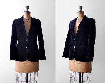 70's black velvet jacket. 1970's blazer. large. notched collar. buttons. 1970 formal jacket. l.