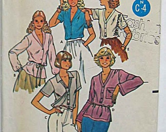 Vintage Misses' Blouses and Tie, Butterick 6275 Sewing Pattern UNCUT Size 10