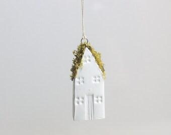 Miniature Moss Roof Clay Turf House Ornament Handmade