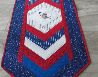 Quilted Patriotic Americana Table Runner Quiltsy Handmade