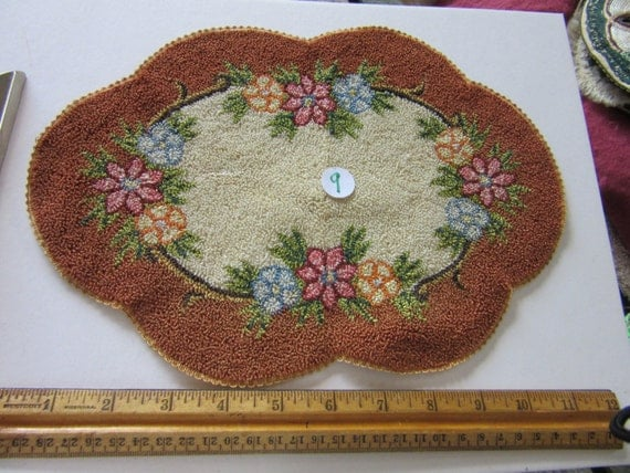 Dollhouse Rug 9 Shabby Cottage Scolloped Dollhouse Hooked