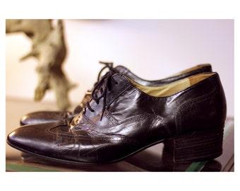 SALE Men's 10 Italian Made Classic Heeled Wingtip Oxford Stacey Adams