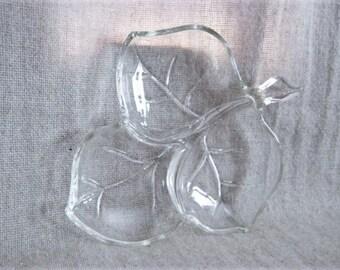 Clear Glass Leaf Serving Dish / Vintage Glass Leaf Candy Dish / Vintage Divided Candy Dish / Leaf Trinket Dish