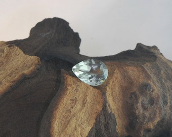 Green Amethyst facetted pear cut natural gemstone 5.1 cts