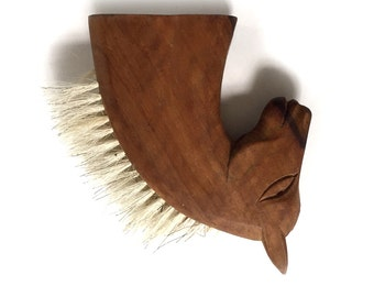 Vintage Wood Wooden Horse Head Clothing Lint Bristle Brush