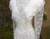 1970s 1980s Jessica McClintock bridal white lace victorian romantic wedding dress size S M