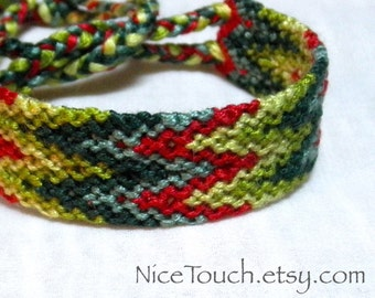 SUMMER SALE!!! Free Shipping or Save 20% ~ Christmas Tree knotted friendship bracelet ~ Ready to Ship