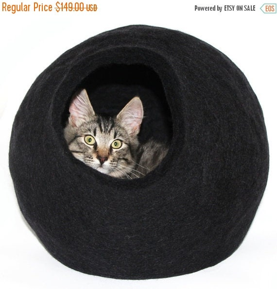 Handmade Wool Felted Cat Bed - Unique Cat Cave Felt - Seamless Felt Cocoon - Black Cat House - Cocoon Shape. Interior Design