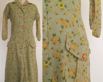 1970's Pea Green Floral Vintage Wiggle Dress