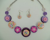 Button necklace,button jewelry,vintage necklace,purple pink button necklace,floral pattern buttons,get earrings at the same colors for free