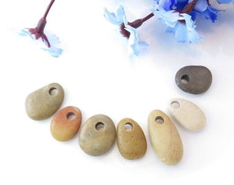 Top Drilled Beach Stones 7 pcs, Jewelry Supplies, Eco Friendly Colorful Medium Beads, Beach Pebbles for Crafts DIY
