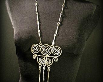 Vintage Artistic Swirl Necklace