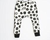 Organic hipster baby clothes, Vday leggings toddler leggings Valentine's leggings valentine baby xo