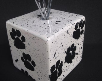 Wire photo holder - Wire clip picture display - Paw Print Splatters