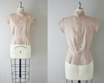 Vintage 1970s Blush Linen Blouse | Buttons Down the Back | Embroidered Linen