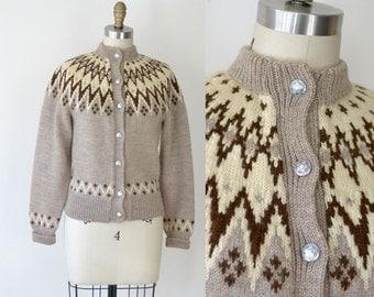 Vintage Fair Isle Sweater / Beige Nordic Wool Cardigan
