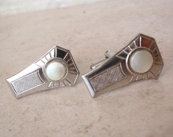 Keystone Shape Cufflinks Silver Tone Faux Mother of Pearl Vintage V0887