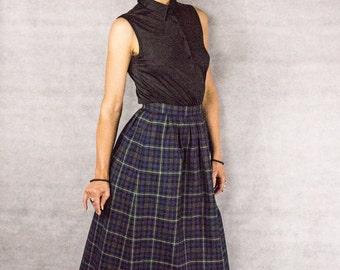 80s/90s Pendleton Plaid Schoolgirl Skirt///size 6