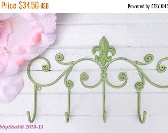 Fleur de Lis / Coat rack / Shabby Chic / Indoor/Outdoor /Metal wall hook /Bathroom hook / Shabby Chic Decor