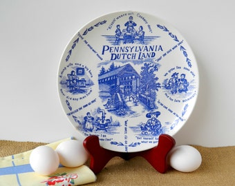Souvenir Plate. Pennsylvania Dutch Land. Americana Collectible Memorabilia. Blue and White China. Rustic Country Farmhouse Decor.