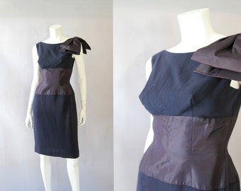 1960s Navy Cinched Waist Cocktail Dress - 60s Vintage by Mardi Gras M